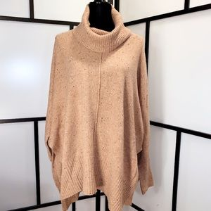 🆕Beautiful Warm Cowlneck Sweater w Side Slits